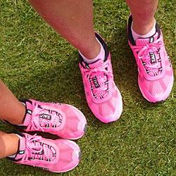 pink-sneaker