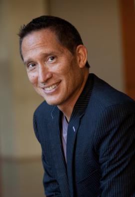 Dr. José Bowen